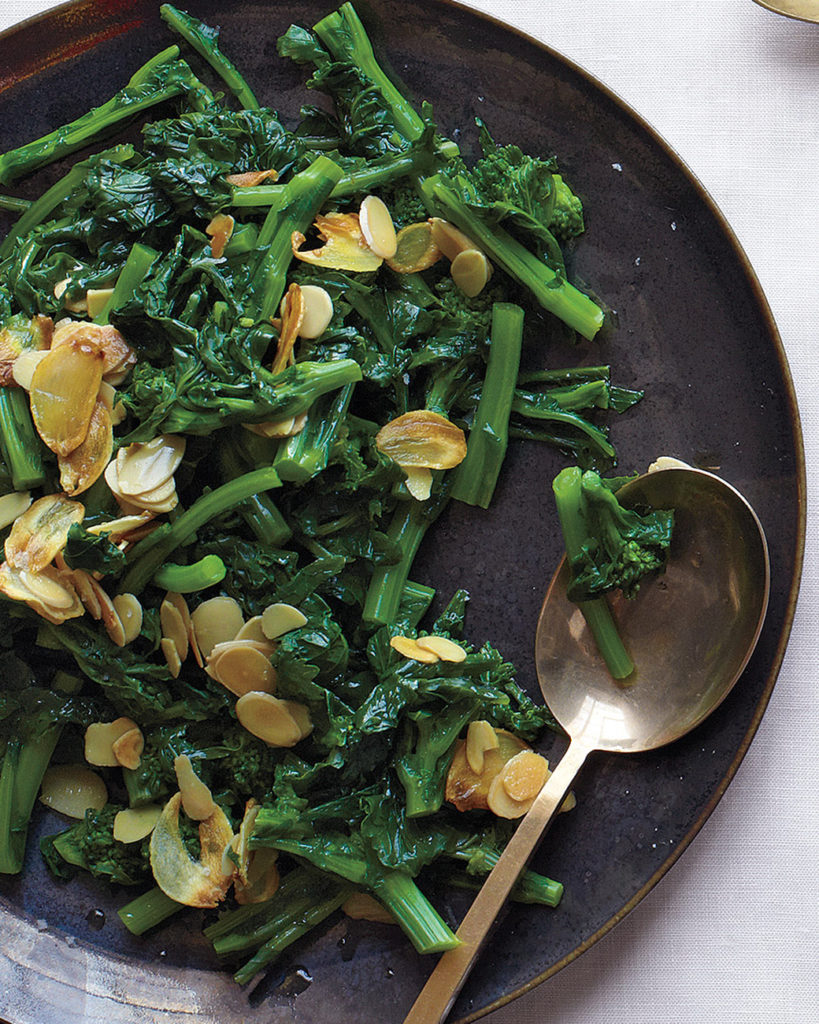 broccoli-rabe-with-garlic-and-almonds
